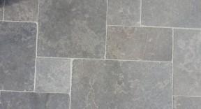 Costa gris foncé
