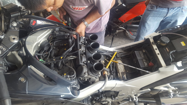 Fitting the new carbs