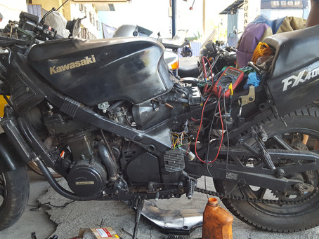 Whilst I was looking for the oil leak I saw this bike.