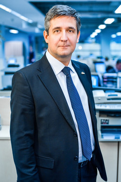 DSC_3026_Fedosov_RGS Bank_Simon