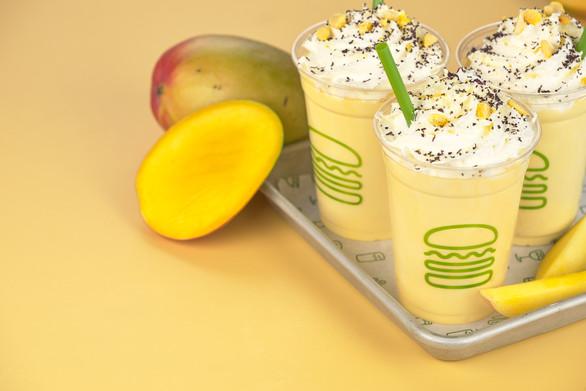 Mango Creamsicle Kiosk Front Cup Logo026