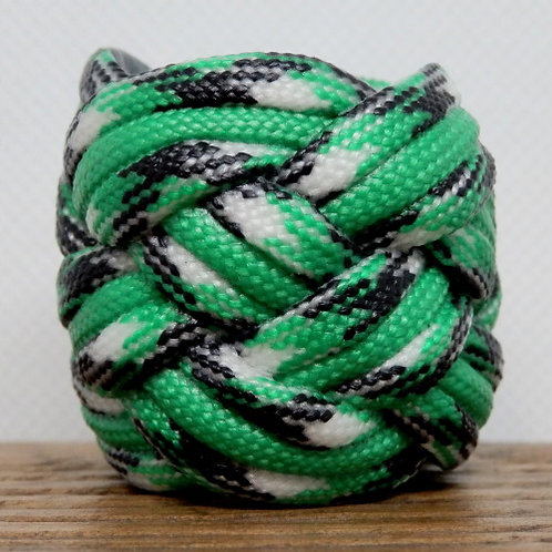 Kelly Camo and Green Large Paracord Scout Woggle