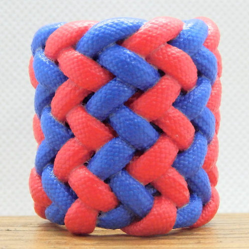 Red and Blue Large Gaucho Paracord Scout Woggle