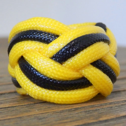 Yellow and Black Small Paracord Woggle