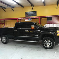 #2017chevy2500 tinted _greenvillewindowtintingnc  to block heat and add privacy #chevy #duramax #highcountry _suntekfilms #tintlife😎🤙