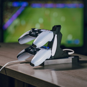 ps5-charger-01.jpg