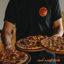 3 pizzaaa.jpg