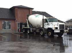 TDA Cement Truck Pouring