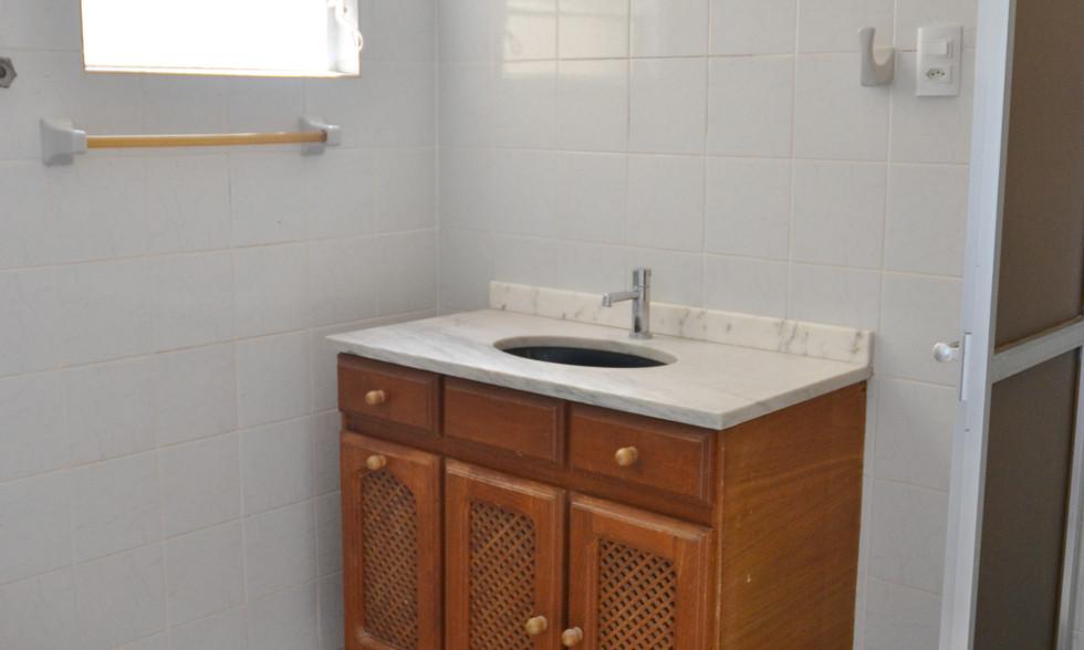 13-Banheiro A-1.JPG