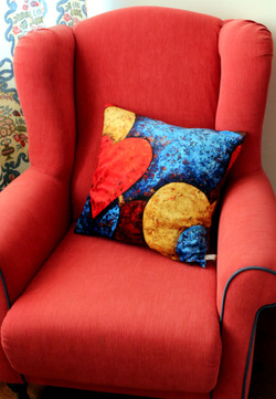 "Cushion ""Intensive Hearts"""
