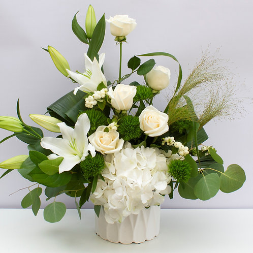 Large Arranged Flowers - Neutral