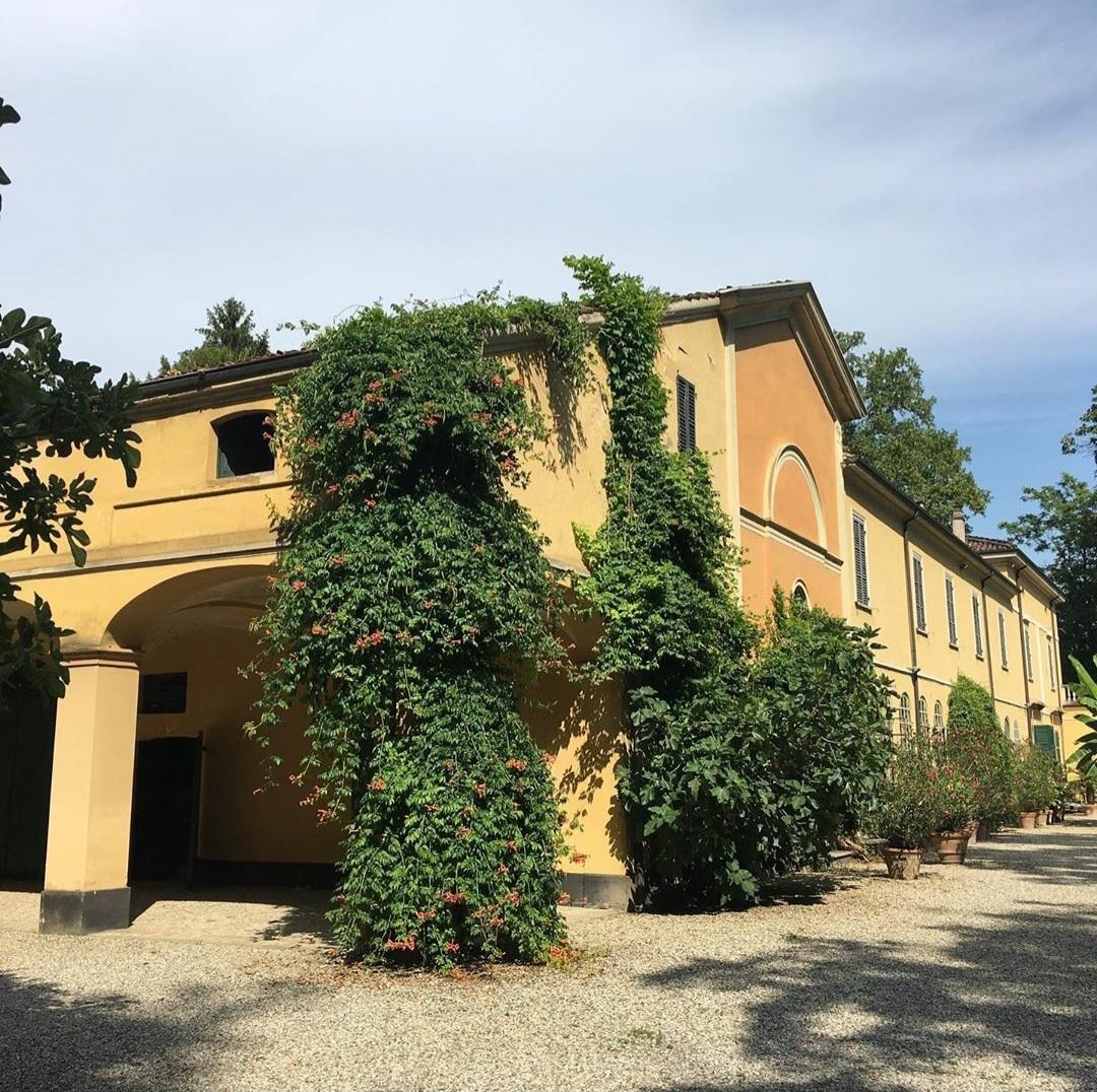 Lato di Villa Verdi