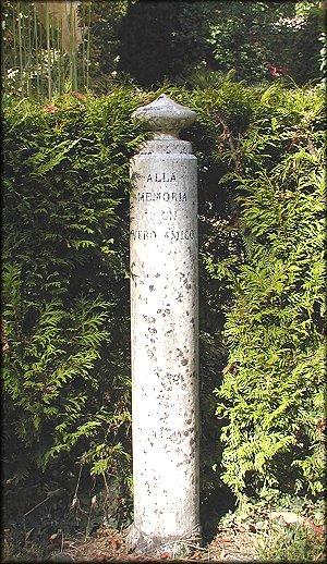 Monument dedicato to Lulù