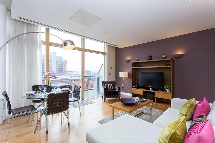 501-living-room-2.jpg