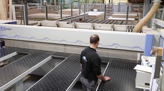 Speed panels machine