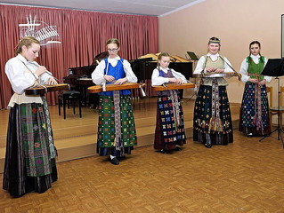 """Prienų meno mokykla pakvietė į """"Muzikines keliones"""""""