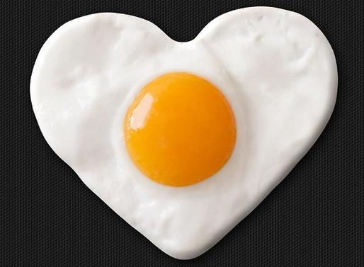 Le uova non hanno nessun effetto sul colesterolo ematico.