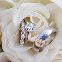 Gorgeous wedding rings in a flower