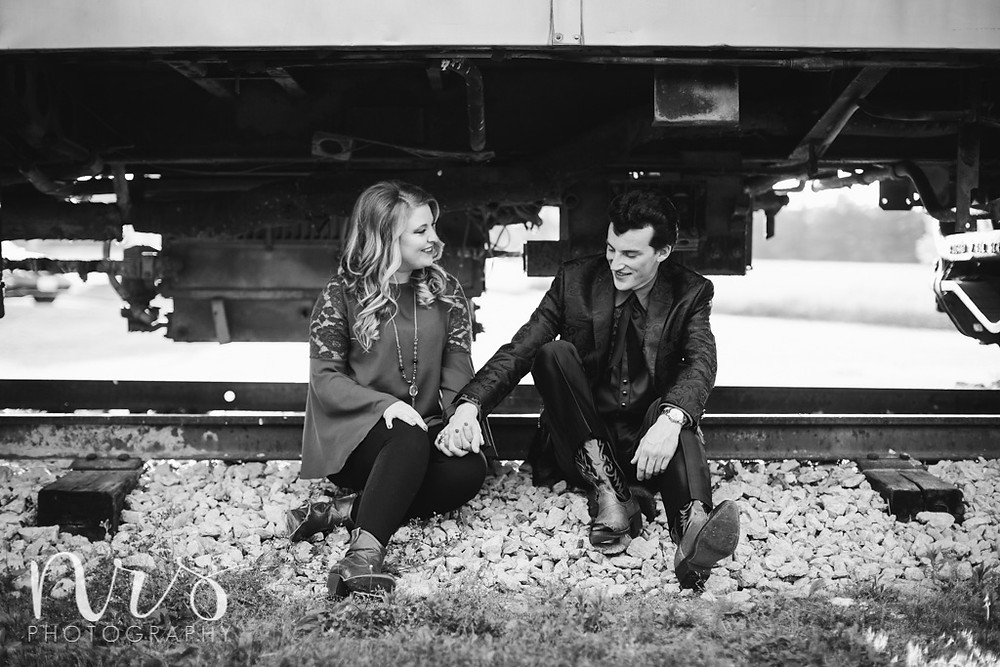Engagement photos, Kennekuk, Danville IL
