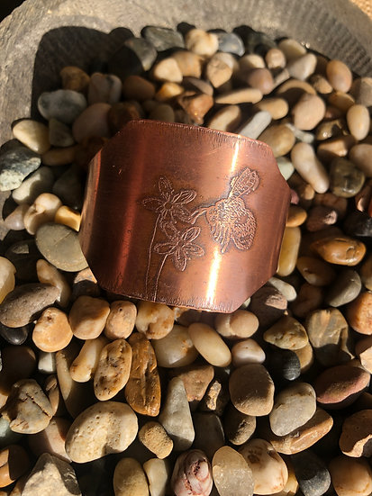 Copper Bee with flower cuff