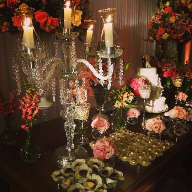 #izaanjos #espaçoguanabara #casamento #noivas #festas #decorações