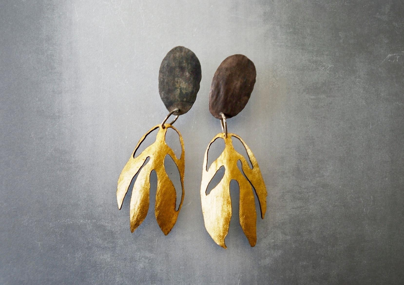 Oval peony earrings