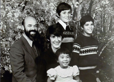 Bob & Kay Swartz with Michael, Larry, and Annie