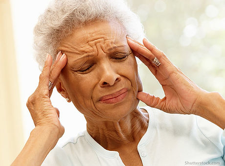 elderly-headache-migraine-pain.jpg