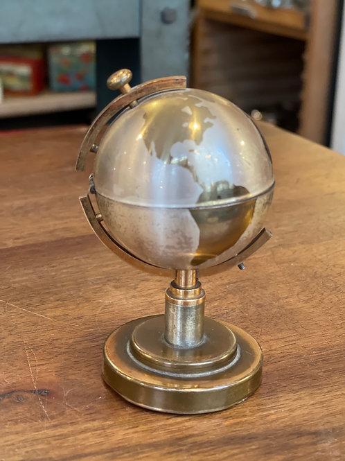 Petit globe briquet