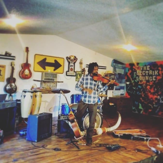 violinist loop pedal musician decatur