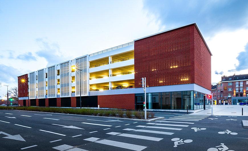 Photo du Parc de Stationnement et des Cellules Commerciales à Dunkerque