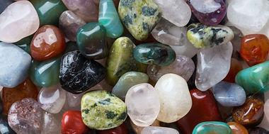 lithotherapie-comment-les-pierres-nous-s
