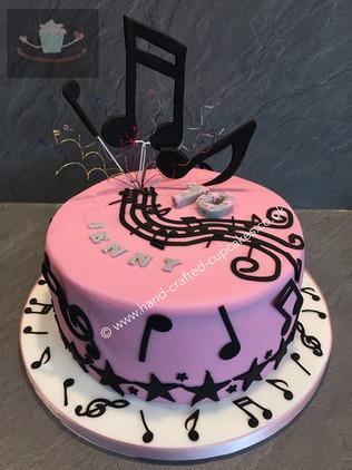 SHC-130-Musical-Cake