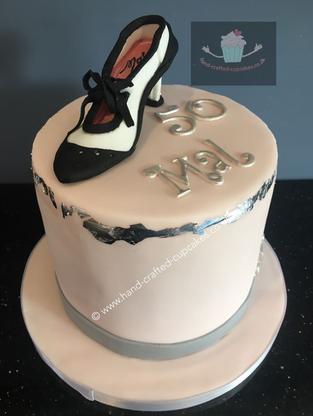 WBC-370-Shoe-Cake