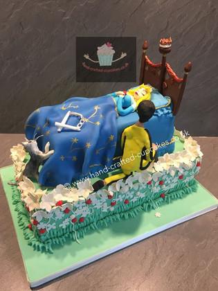 TMVC-140-Sleeping-Beauty-Cake
