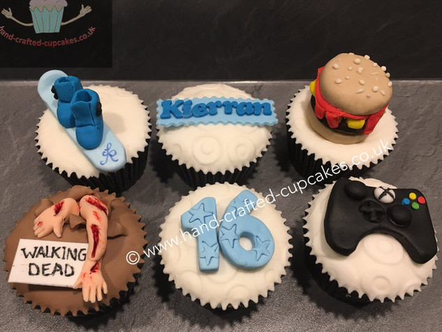 BBC-190-Teenage-Boy-Cupcakes