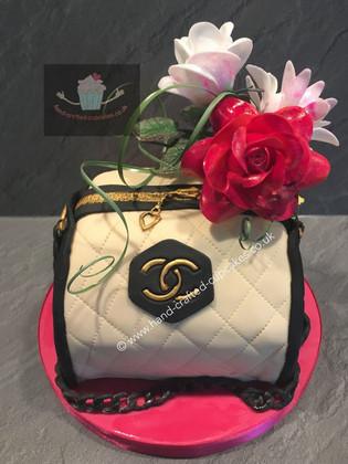 FC-210-Chanel-Flower-Fashion-Cake