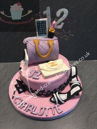 FC-130-Teenage-Chanel-Purse-Makeup-Cake