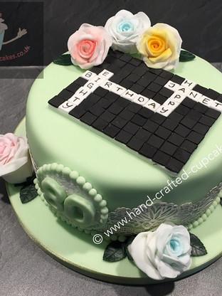WBC-260-Scrabble-Flower-Cake