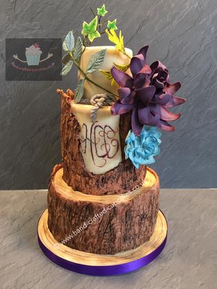 FDC-240-Tree-Trunk-Flower-Cake