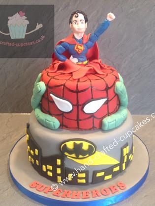 TMVC-440-Superhero-Cake