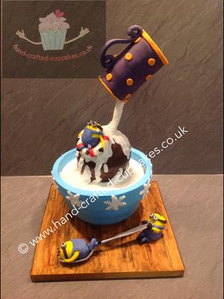 TMVC-350-Minions-Bath-Cake