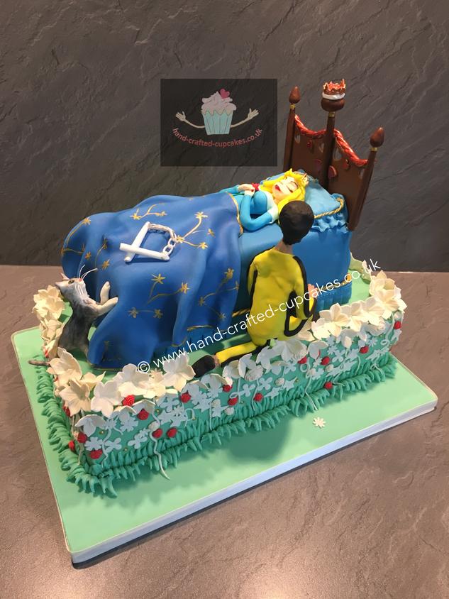 WC-310-Sleeping-Beauty-Wedding-Cake