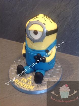 BYC-260-Minions-Cake