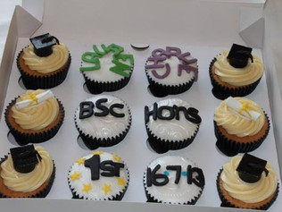 CVE-130-Graduation-Cupcakes
