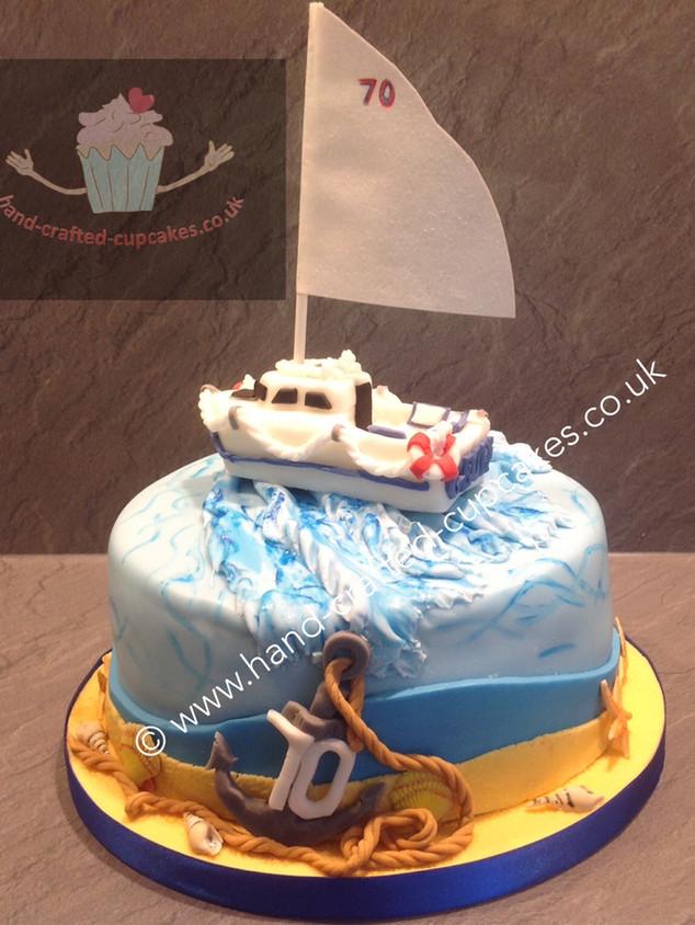 SHC-240-Yacht-Cake