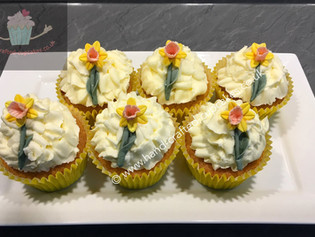 WCC-140-Flower-Cupcakes