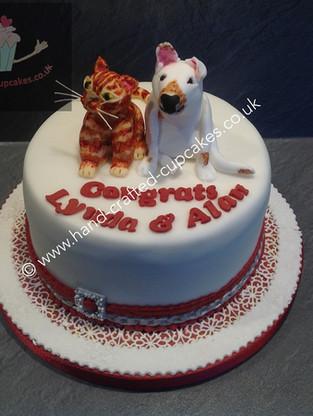 WC-210-Dog-Cat-Wedding-Cake
