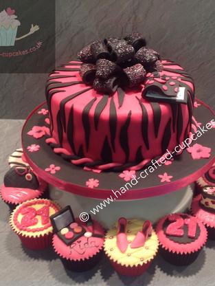 WBC-230-Pink-Black-Stripe-Cake