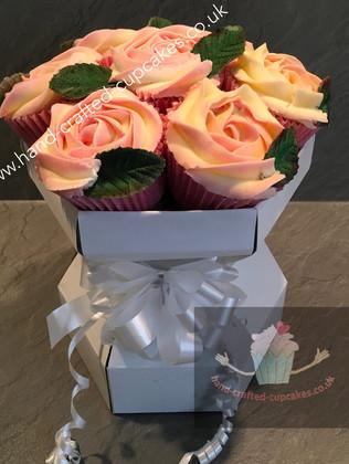 CCB-110-Rose-Cupcake-Bouquet